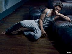 Jamie Dornan When He Unleashed His Bulging Muscles While Just Lying There & Waiting.