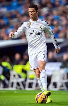 Tomorrow we'll face Elche. Good Soccer Players, Football Players, Barca Real, Cristiano Ronaldo Quotes, God Of Football, Ronaldo Real Madrid, James Rodriguez, Football Pictures, Gareth Bale