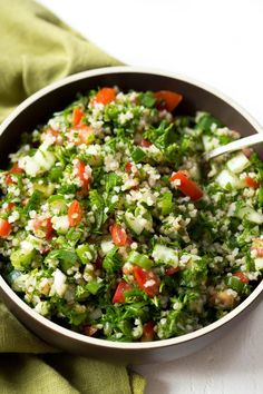 Easy Chopped Tabbouleh Salad is a light and fresh salad made with bulgur wheat, parsley, tomatoes, cucumbers and a few simple seasonings! Enjoy it for lunch or as a side dish to grilled meats. Heart Healthy Recipes, Healthy Salad Recipes, Vegetarian Recipes, Vegetarian Salad, Healthy Sides, Quinoa Salad, Healthy Meals, Healthy Food, Salads