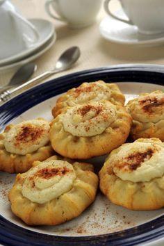Greek Sweets, Greek Desserts, Greek Recipes, Sweets Recipes, Cooking Recipes, Greek Pastries, Chocolate Fudge Frosting, Greek Cooking, Food Network Recipes
