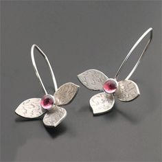 Ali Jewelry Image of Sterling Lotus Earring with stone