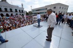 VILLAHERMOSA, TABASCO, 03JUNIO2015.- Andrés Manuel López Obrador, dirigente nacional de MORENA promueve el voto para los candidatos tabasqueños del partido en mención que contenderán en estas próximas. Vamos MORENA.