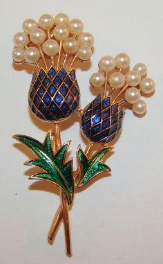 Vintage Trifari Enamel & Pearl Flower Floral Pin Brooch