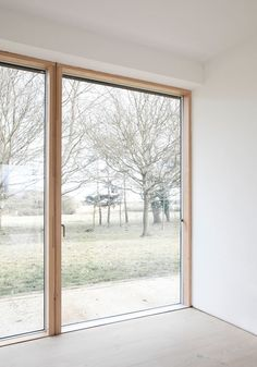 Measuring Reydon Grove Farm is a long narrow flat-roofed farmhouse in Suffolk, the UK, designed by Norm Architects in Grove Farm, Architect Drawing, Flat Roof, Home Pictures, Architecture Details, Pavilion, Facade, Farmhouse, Layout