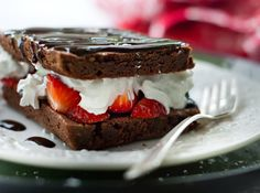 Strawberries-and-cream brownies
