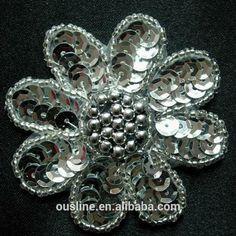 http://portuguese.alibaba.com/product-gs-img/bordado-de-lantejoulas-flor-projeto-m-o-applique-beads-493555110.html