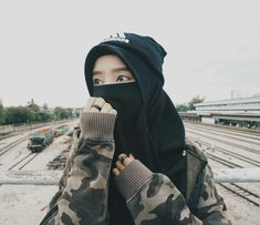 Modest Fashion Hijab, Niqab Fashion, Muslim Fashion, Hijab Niqab, Muslim Hijab, Beautiful Muslim Women, Beautiful Hijab, Hijab Dpz, Hijab Collection