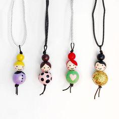 Little Ladies Wood Bead Necklaces – schlüsselanhänger - DIY and crafts Bead Crafts, Jewelry Crafts, Beaded Jewelry, Handmade Jewelry, Beaded Necklaces, Handmade Necklaces, Jewellery, Art Perle, Clothespin Dolls
