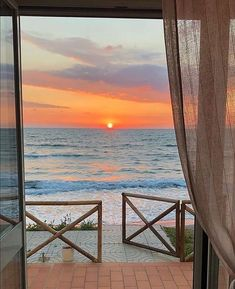 Beach Aesthetic, Travel Aesthetic, Red Aesthetic, Beautiful Places To Travel, Beautiful World, Good Morning Beautiful People, Wanderlust, Pretty Pictures, Places To Go