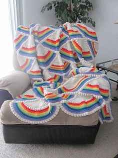 Rainbow Afghan ~free pattern~  I have looked for this pattern for years.  I bought a  handmade afghan just like this when my son was in 6th grade.  I still have it and it looks as good as when I bought it.