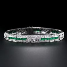 A gorgeous glistening line of rich, bright green emeralds is the main attraction of this exquisite and exemplary bracelet, finely crafted in platinum (and diamonds of course) during the zenith of the Art Deco period - circa The beautiful line of eme Diamond Art, Emerald Diamond, Diamond Design, Gold Link Bracelet, Link Bracelets, Bangle Bracelets, Bangles, Art Deco Jewelry, Jewelry Box