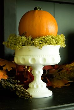 Would love to add this milk glass piece to my collection! This would be pretty with my smaller pieces, and a small pumpkin.                                                                                                                                                      More