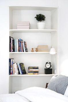 Via NordicDays.nl | White Alvhem Home | Bedroom | Vedel Bird