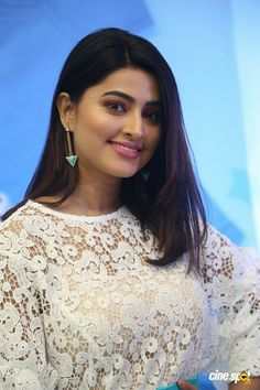 Sneha Comfort Pure Fabric Conditioner Launch Stills South Indian Actress Photo, Indian Actress Hot Pics, Actress Pics, Tamil Actress Photos, Indian Actresses, Beautiful Girl In India, Beautiful Women Over 40, Beautiful Girl Photo, Beautiful Bollywood Actress