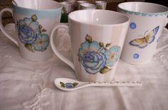 Ya desayunaste con nuestras tazas?? #Arthomedesigns #arthomemarket #vajilladivertida #vajillapintadaamano #lovedesign #lovecolors
