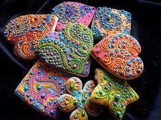 Henna cookies by Creme Delicious  http://www.creme-delicious.com/