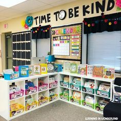 Classroom Tour Welcome to my classroom! I've changed some parts of… Classroom Tour Welcome to my classroom! I've changed some parts of my classroom this year and I have to say that. Kindergarten Classroom Setup, First Grade Classroom, New Classroom, Classroom Design, Classroom Libraries, Creative Classroom Ideas, Classroom Storage Ideas, Classroom Setting, Classroom Cubbies