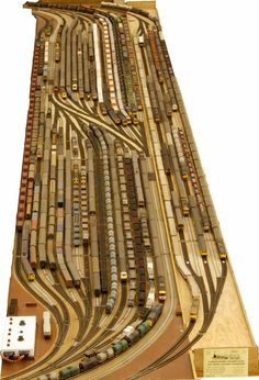 The 'Fiddle Yard'. - The 'Fiddle Yard' – don't forget to use ya blinkah before turning in to pawk yar caw in da - N Scale Model Trains, Model Train Layouts, Scale Models, Ho Scale Train Layout, Escala Ho, Train Miniature, Model Railway Track Plans, Ho Trains, Rolling Stock