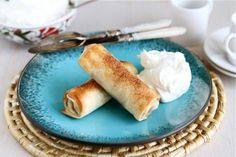 Apple Pie Egg Rolls via Tasty Kitchen Apple Desserts, Just Desserts, Delicious Desserts, Dessert Recipes, Yummy Food, Egg Roll Recipes, Apple Recipes, Wonton Recipes, Tasty Kitchen