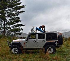 #anjaneyasana #yogini #northridgenation #yogaholic #flexible #scorpio #yoga #yogaeverywhere #yogagirl #myyogalife #igyoga #yogainspiration #yogapractice #jeepyoga #jeepgirl #jeeplife #jeepwrangler #jeep #jeepadventures #jeepjk #teraflex #warn #poisonspyder #spyderlocks #thegreatoutdoors #mountains #nature #nr4x4