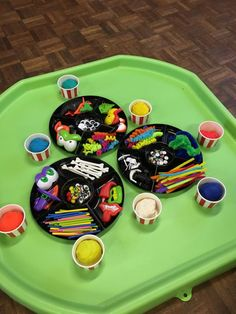 Build a Monster Tuff Tray