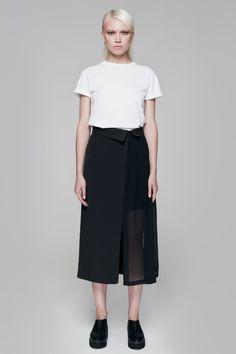 Destructured skirt BLACKBLESSED  BLACKBLESSED @blackblessed #black #white #fashion #minimal #basic #elegant #designer #urban #urbanchic #dresses #pants #tshirt #top #leggings #white #simple #simplicity