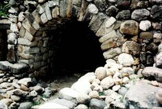 Secret Ancient Subterranean Tunnels And Caverns Across America - Who Or What Were Our Ancestors Hiding From? - MessageToEagle.com