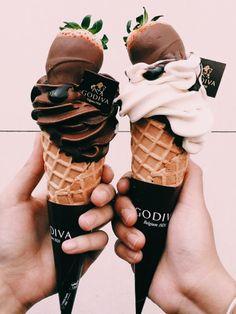 chocolate, food, and ice cream selber machen ice cream cream cream cake cream design cream desserts cream recipes Cute Food, I Love Food, Good Food, Yummy Food, Tasty, Cute Desserts, Delicious Desserts, Dessert Recipes, Dessert Food