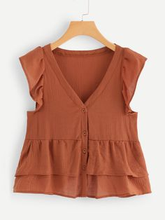 Shop V Neckline Single Breasted Babydoll Top online. SheIn offers V Neckline Single Breasted Babydoll Top & more to fit your fashionable needs. Fashion News, Girl Fashion, Fashion Outfits, Womens Fashion, Fashion 2015, Summer Shirts, Blouse Designs, Cute Outfits, Single Breasted