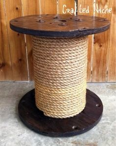 spool side table, knockoff from Ballard Designs by Crafted Niche. I happen to have a spool in my garage that I have been wanting to decorate somehow . Wire Spool, Wooden Spools, Cable Spool Tables, Cable Spools, Ideas Terraza, Do It Yourself Furniture, Cat Scratcher, Cat Furniture, Painted Furniture