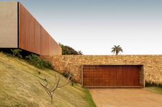 Gallery of House of the Stones / mf+arquitetos - 1