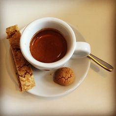 How about a delicious creamy organic espresso coffee? ☀️ #instagood #instadaily #instacoffee #coffee #delicious #espresso #organic #passion #coffeeroaster #photooftheday #biscotti #cantuccini #kaffee #leidenschaft #fotodestages