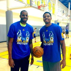 Andre Iguodala & Kent Bazemore supporting teammates Stephen Curry & Klay Thompson at the first-ever #SplashBrothers Camp