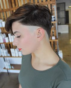 30 ideas haircut for men fade undercut shaved sides # 30 Ideen H Slick Hairstyles, Mens Medium Length Hairstyles, Undercut Hairstyles, Vintage Hairstyles, Undercut Pompadour, Girl Hairstyles, Pretty Hairstyles, Girl Short Hair, Short Hair Cuts