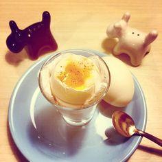 http://instagram.com/p/rAsIoADIdC/ #threeminuteegg #fiveminuteegg #ovodetresminutos #boiledegg #ovocozido #gemamole #protein #breakfast #snack #postreino #dukan #dukandiet #dukanrecipes #receitasdukan #primal #paleo #paleodiet #lowcarb #protein #glutenfree #eatclean #eathealthy #healthyfood #healthy #food #realfood #diet