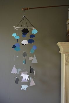 Custom order for Victoria - Bear and mountain nursery mobile or baby mobile made in white,  black, navy blue, aqua blue and grey card stock door SierGoed op Etsy