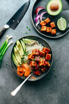 Chili Crispy Tofu Bowls - Full of Plants High Protein Vegan Recipes, Healthy Dinner Recipes, Vegetarian Protein, Tofu Nutrition, Chile, Crispy Tofu, Vegan Meal Plans, Vegan Main Dishes, Plant Based Recipes