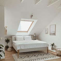 Relaxed look into the beautiful bedroom of .- Entspannter Einblick in das schöne Schlafzimmer von ✨ Relaxed look into the beautiful bedroom of ✨ # Roof sloping - Parents Room, Budget Home Decorating, Decorating Ideas, Decor Ideas, Small Room Decor, Loft Room, Room Planning, Small Living Rooms, Small Bedrooms