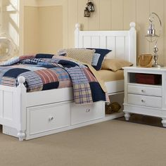 With its name befitting American royalty, the Kennedy Bed is an all American bed designed for an all American kid. With the perfect combination of mass and detail, the chamfered posts stand atop turned feet and are capped with ball finials creating the perfect book ends for the vertical board and baton detailed panels.
