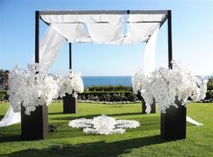 Gorgeous Outdoor Wedding Ceremonies - Belle the Magazine . The Wedding Blog For The Sophisticated Bride