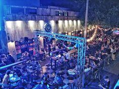 #Hangar52 #SanJuan #CervezaArtesanal #CraftBeer #Argentina Marina Bay Sands, Craft Beer, Bar, Building, Travel, Design, San Juan, Argentina, Viajes