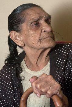 "grow wiser as you grow older. (Portrait of Auntie Joyce Ingram: ""Sydney Elders"" exhibition)"