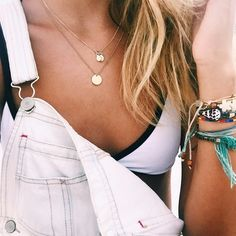 ♔➸Let's get find some place to get lose➸♔ Trendy Outfits, Cute Outfits, Summer Outfits, White Overalls, Gold Necklace Simple, Vogue, Summer Lookbook, Layered Jewelry, Summer Wardrobe