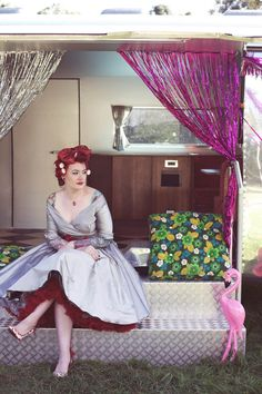 ...for our couple shoot we'd channel a bit of Americana, rockabilly and vintage Vegas inspiration!