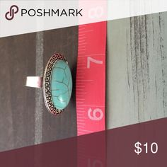 3/$25 GORGEOUS TURQUOISE COLORED STATEMENT RING! TURQUOISE STATEMENT RING! SIZE 7! FEELS AND APPEARS LIKE A HIGH END RING!  Jewelry Rings