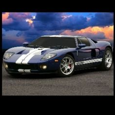 Exhilerating Ford GT WOW!