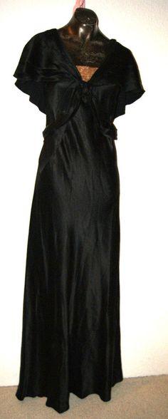 original 1930er Jahre Abendkleid mit Rückencape Gr. 36 - 38