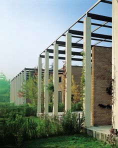 Antonio Monestiroli - Montesiro houses, Milan 1982.