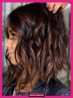 Inverted Bob Hairstyles, Medium Bob Hairstyles, Hairstyles Haircuts, Pixie Haircuts, Layered Haircuts, Braided Hairstyles, Wedding Hairstyles, Brunette Hair With Highlights, Brown Hair Color Shades