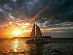 Tonight's #sunset in #keywest #floridakeys #southflorida | #destinationwedding #sailboat #catamaransail #sunsetsail #instapic #instamood #instaphoto #instabeauty #instamoment by soireekeywest